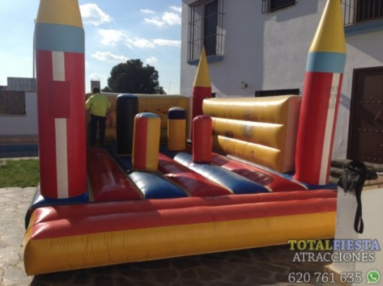 castillo_hinchable_multiobstaculos_torres