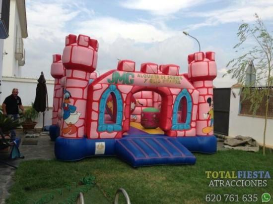 castillo_hinchable_torres_rosa